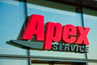 Светещи обемни букви от плексиглас за Apex Service, София