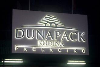 Обемни букви със задно осветяване Dunapack Rodina