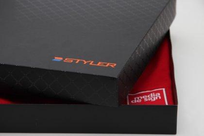 Кутия с лого на Styler