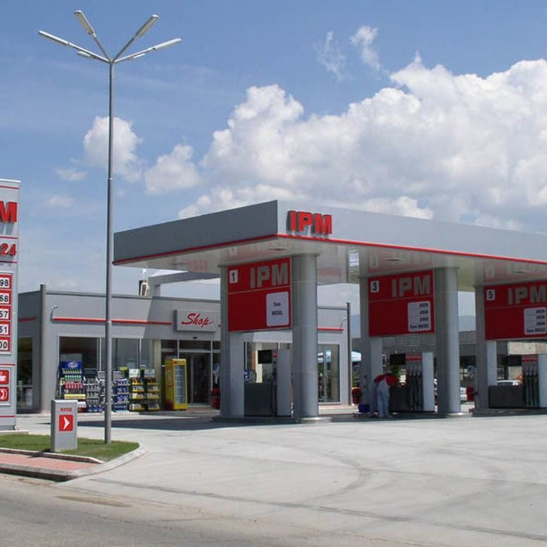 Full branding of IPM Petrol Station