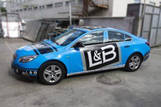 Брандиране на автомобил с реклама на L&B