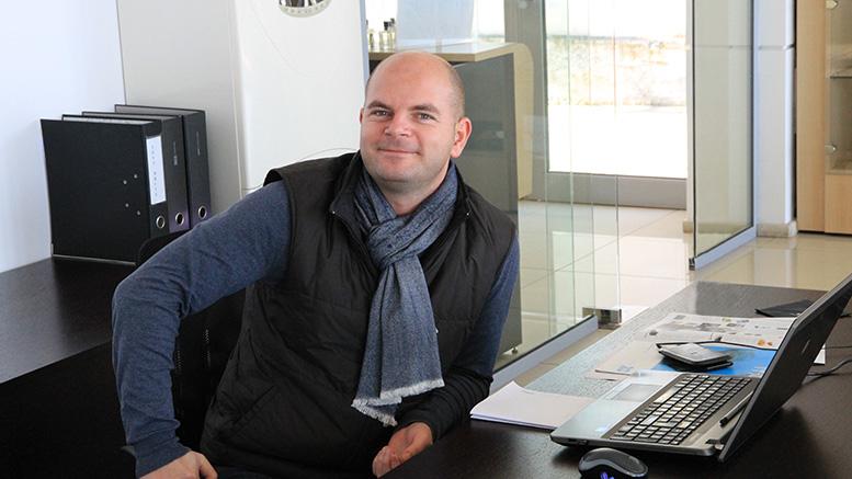 Владимир Еленков