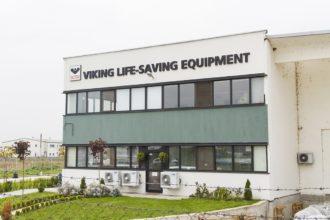 Viking Life-Saving Equipment несветещи букви от плексиглас