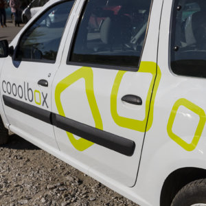 Wrapping Cooolbox car