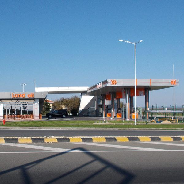 Oil station outdoor advertising Land Oil
