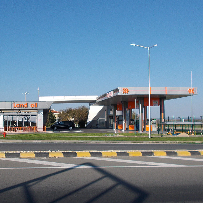 Oil station outdoor advertising Land Oil