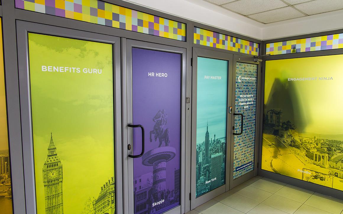 Брандиране на офис Reward Gateway, Медия Дизайн