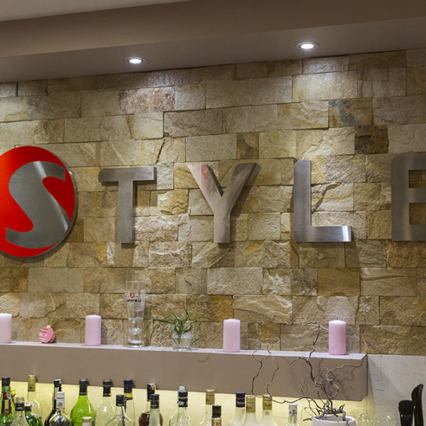 Style interior channel letters