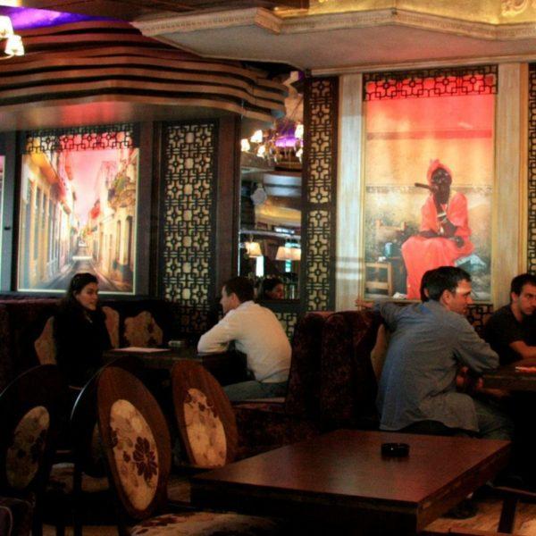 Illuminated interior signs for Bar&Dinner La Cubanita