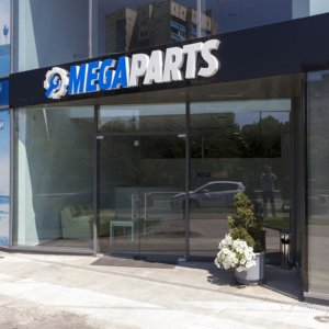Channel letters Mega Parts acrylic