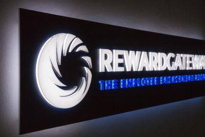 Светеща табела с LED за Reward Gateway, Пловдив