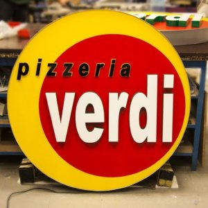 Alluring ad installation for Pizzeria Verdi - Belgium
