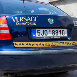 Car wrapping Versace energy Drink