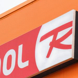 SLS Rossignol sign renovation