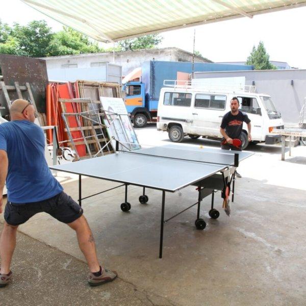 Тенис на маса в двора на Медия Дизайн