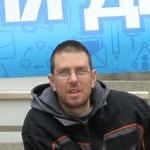 Димитър Вълков, отдел плексиглас - Медия Дизайн