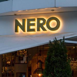 Светещи контражурно обемни букви от месинг, NERO