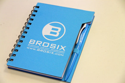 Брандиране на тефтер и химикал Brosix